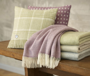 Bronte Throws & Cushions-Lambswool-300x255