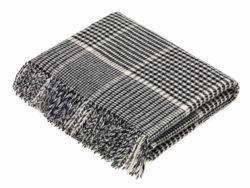 Bronte Throws T0452-D03-Lambswool-Prince-of-Wales-Black-White-Throw-250x188